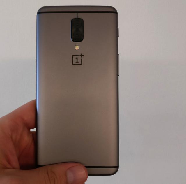 Angeblicher OnePlus 5 Prototy Bild Android Authority