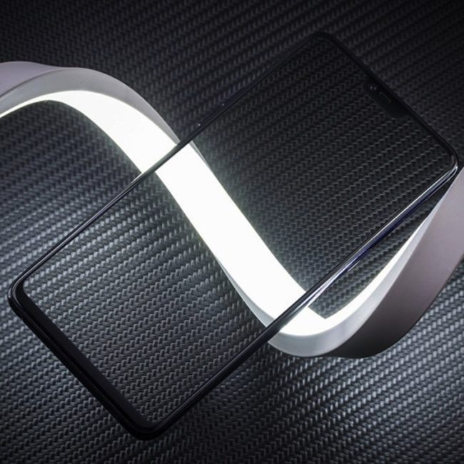 OnePlus 6 mit Glas Bild Techtastic
